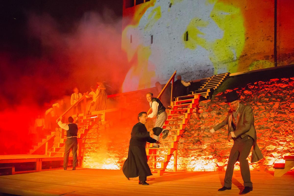 Brand in der Ortschaft Foto Riki Gelf