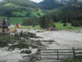 Unwetter: Handwerker helfen