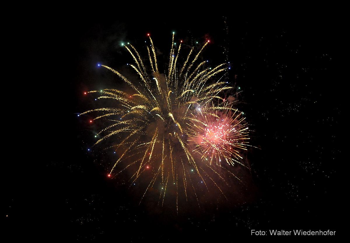 Silvester Feuerwerk Schloss Braunsberg Lana 04