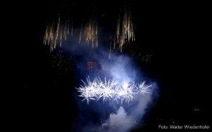 Silvester Feuerwerk Schloss Braunsberg Lana 16