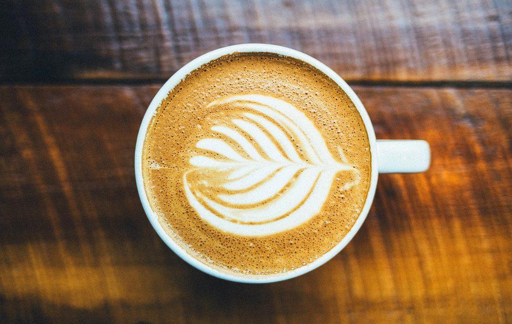 Kulturzeit: Kaffee – Apotheke, Gesundheitsformel, Tischlein-deck-dich-Trends und humorvolles Detoxen