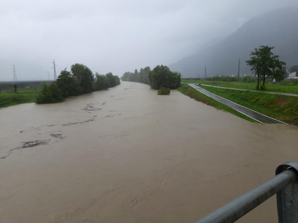 Hochwasser Etsch bei Terlan