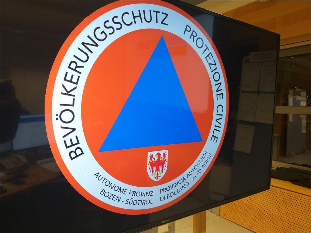 Zivilschutzwarnung wegen Starkwind in Südtirol, Spitzen bis zu 80 Stundenkilometer