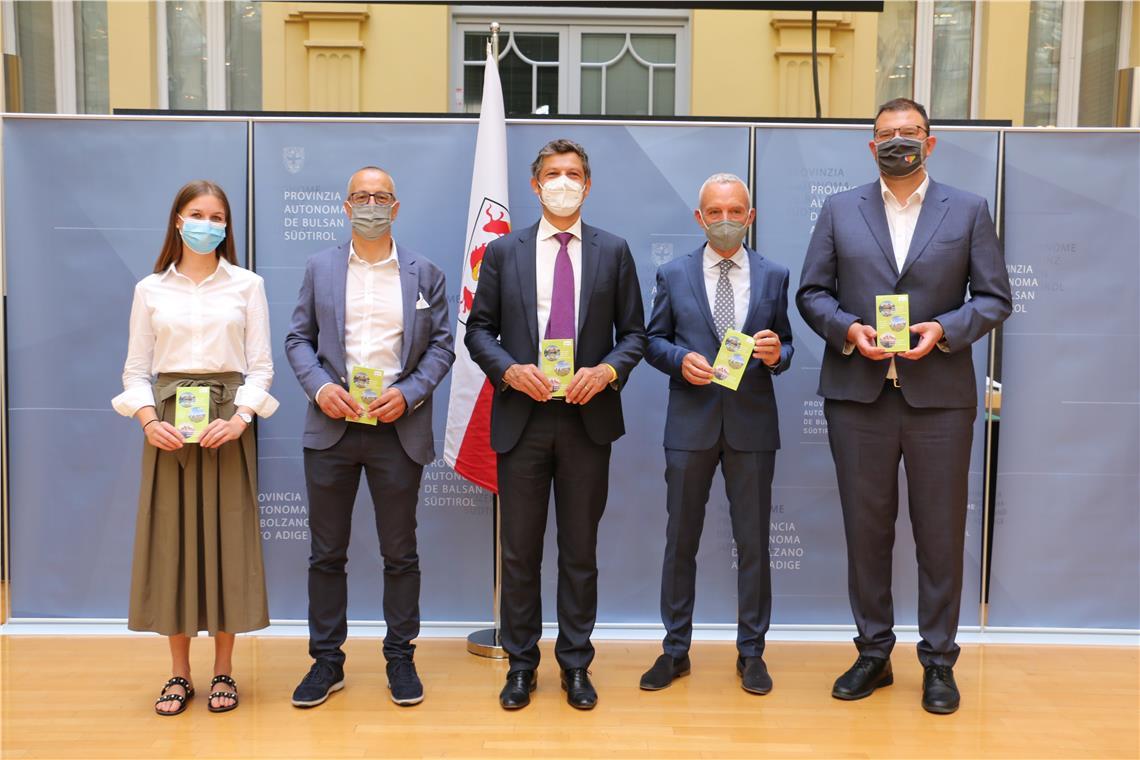 Land, Gemeinde und IDM wollen das Dolomiten UNESCO Welterbe in Prags und darüber hinaus sanft erfahrbar machen. Nach Ausbau nachhaltiger Mobilitätsformen und Pkw-Regelung gibt es nun ein Zugangslimit.